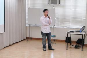 嘉賓講者街旁網香港部主管李浩榮先生跟新傳系同學分享經驗
