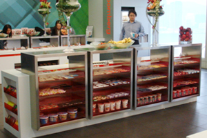 彭博辦公室內有免費小食供應