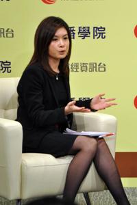 有線電視財經資訊台首席記者李燕芬小姐擔任嘉賓主持 2