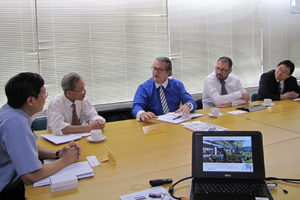Visitors from Edinburgh Napier University had a meeting with managers from the Facility Management and Project Management departments.