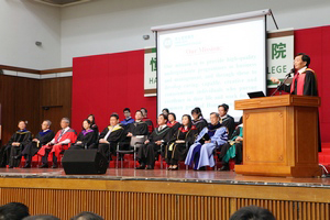 President Dr. Chui Hong Sheung addressed his warm welcome to the new students 2