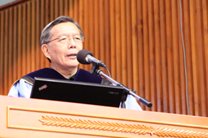 Prof. Thomas Luk, Dean & Professor of School of Humanities addressed a speech on the ceremony