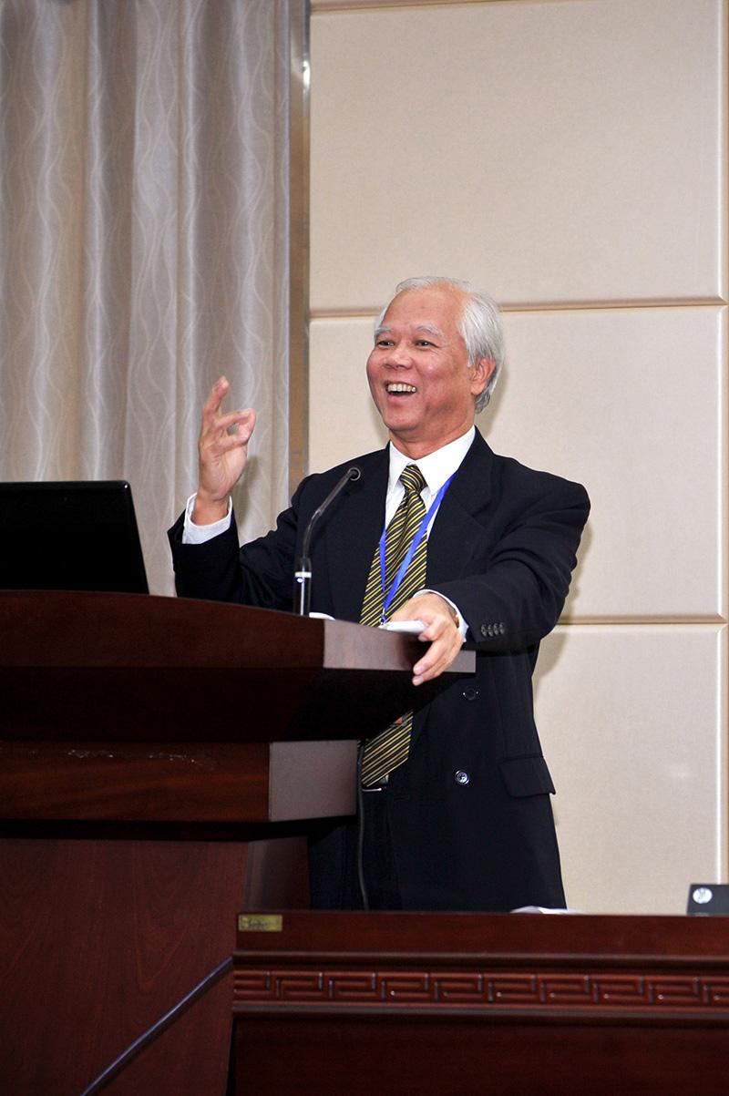 Professor Lee Siu Nam Paul Picture 1