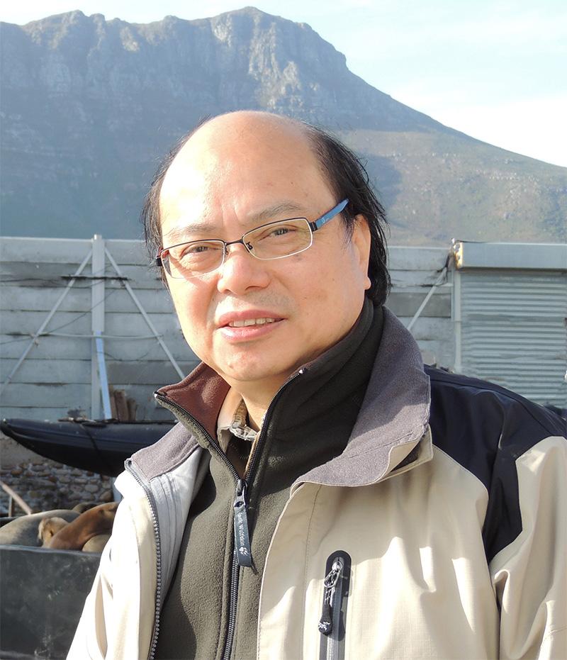 Professor Siu Yuk Tai Trevor Picture 1