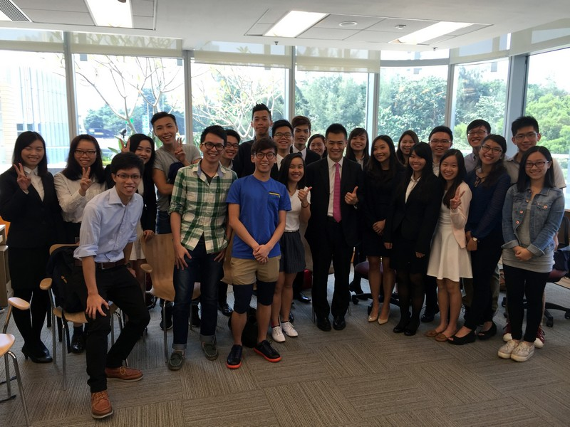 Mr Lau Ming Wai had a group photo with HSMC students