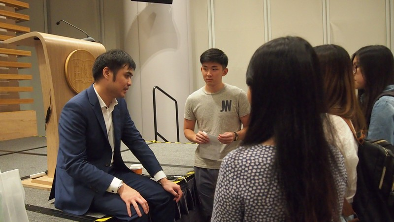 Students sought advice from Mr Andy Chan questions