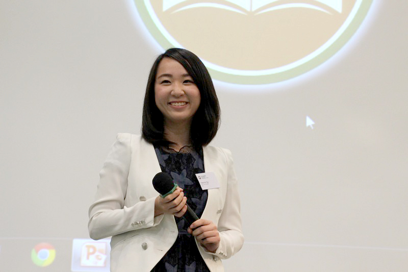 MC of the talk, Chan Sze Nga, BJC Year 4 student