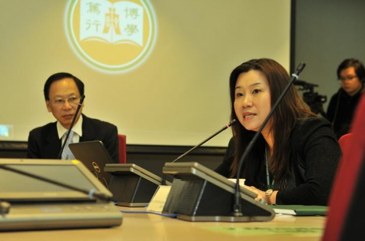 Prof Scarlet Tso, Dean of School of Communication, delivered a speech at the opening ceremony