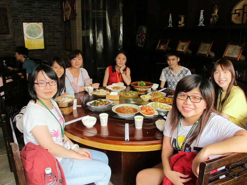 BJC Students had a taste of classic dishes in Sichuan
