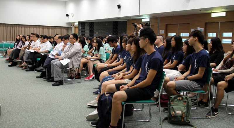 Professors, Lecturers and freshmen's listened attentively to the sharings