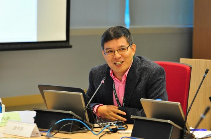 Dr Song Zhaoxun, Associate Professor of the School of Communication, delivered a speech