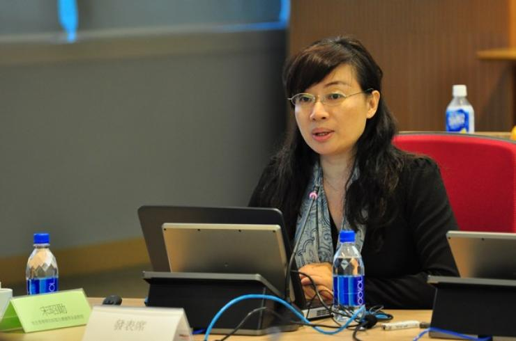 Prof Gong Yanfang, Associate Professor of the School of Communication and Design, delivered a speech