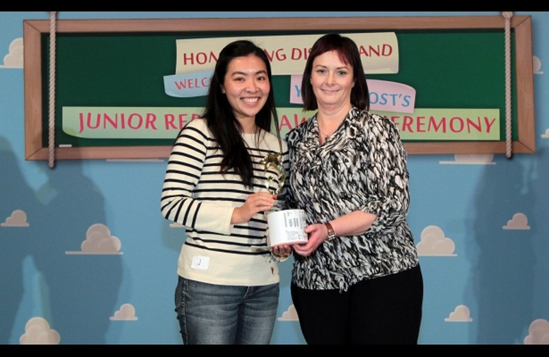 Jocelyn received her award from Susan Ramsay, Young Post editor in the ceremony at Hong Kong Disneyland