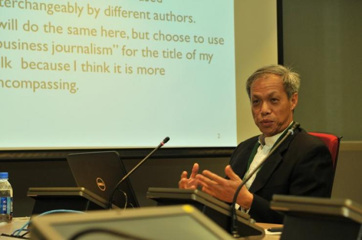 Dr Fred Luk, Assistant Professor of the Department of Economics and Finance, HSMC, delivered a speech