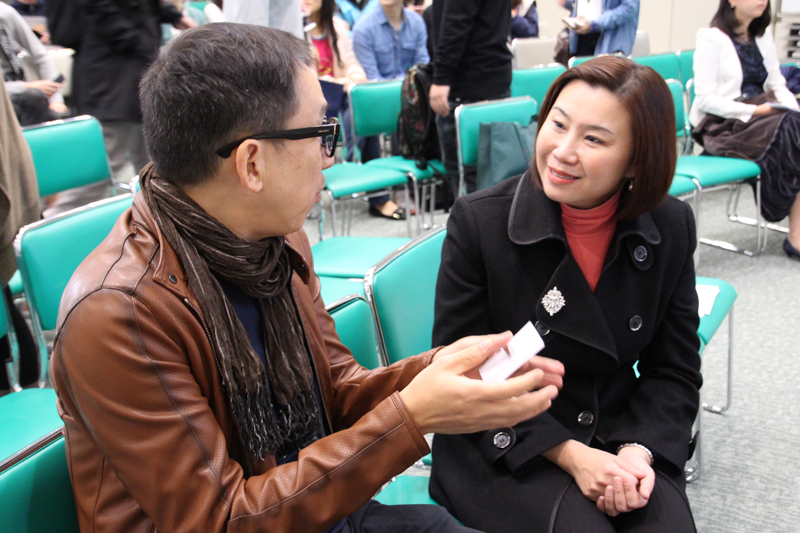 Mr Cheung and Prof Scarlet Tso, Dean of the School of Communication, shared their views