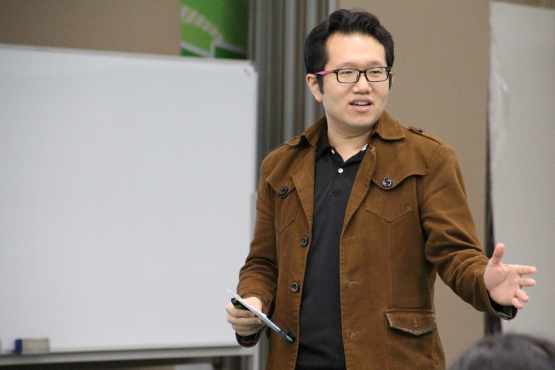 Dr Chan Chi Kit, Assistant Professor, introduced the details of Summer Internship