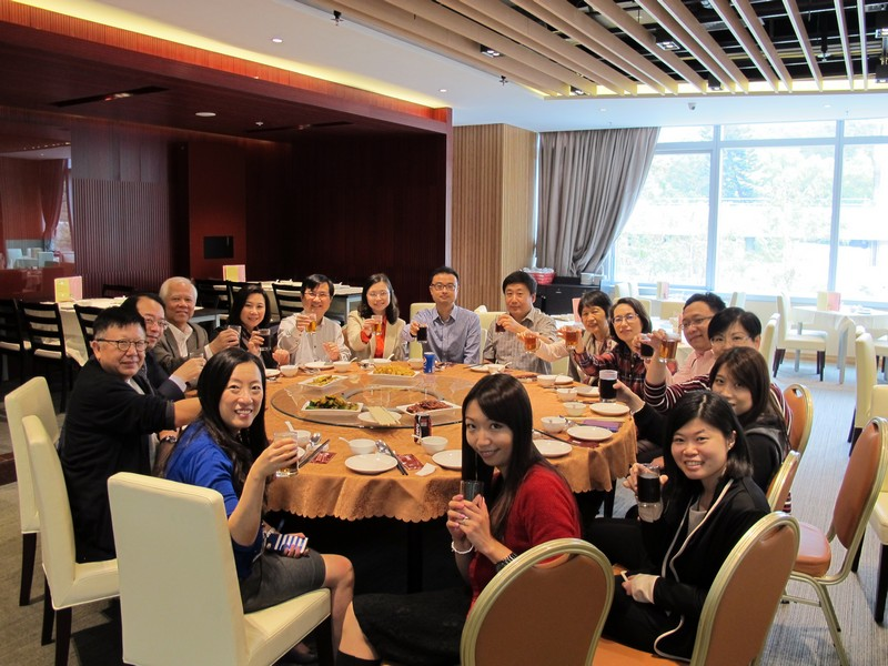 Group photo of advisors, external examiners and BJC professors during the working luncheon