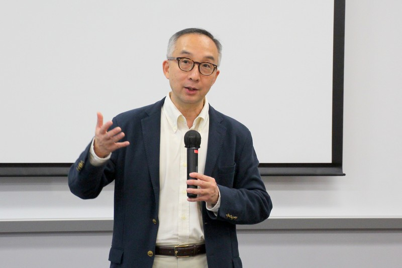 Professor Lui Tai Lok shared his experience