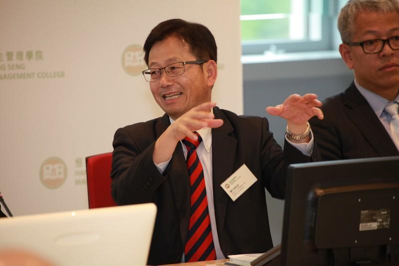 Principal Tam Yat Yuk spoke at the ceremony