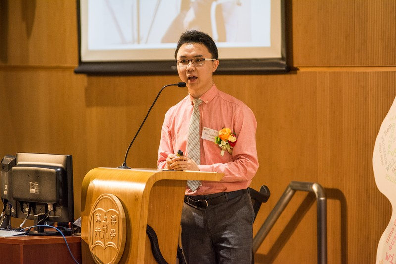 Mr David Poon, an alumnus, shared his experience on studies and career planning