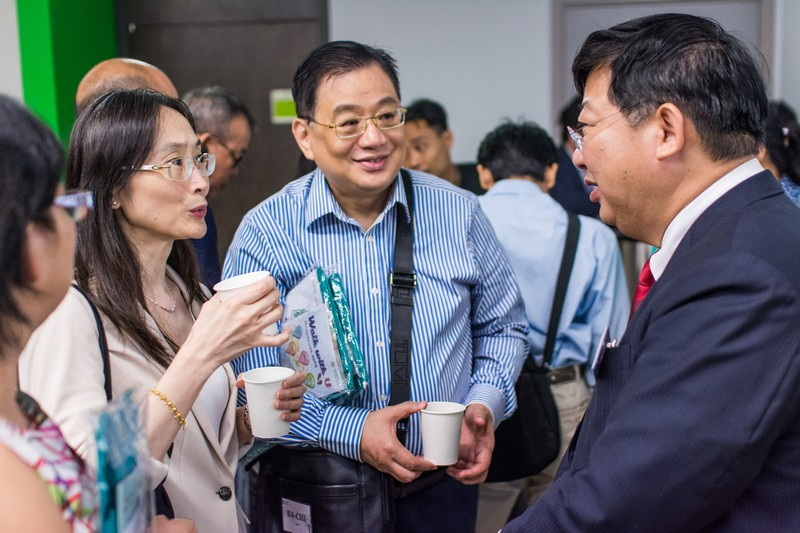 Interflow between President Simon S M Ho and parents