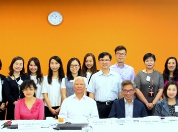 [:en]Internal Re-accreditation Panel Meeting for Bachelor of Journalism and Communication (Honours)[:hk]新聞及傳播(榮譽)學士課程的內部覆審順利舉行[:]