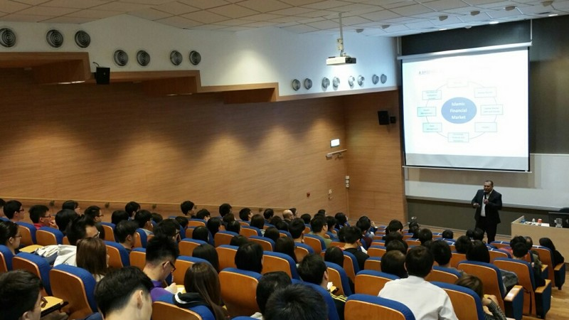 Enthusiastic participation from over 100 guests, academics and students