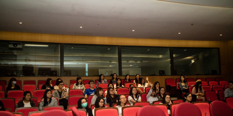 Students were enthusiastic about Chika's presentation on Nihon Buyo.