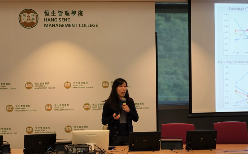 Dr Li Dongmei, Assistant Professor of Department of Marketing (left), and Dr Amanda Chu, Assistant Professor of Department of Mathematics and Statistics, shared their experience and tips with participants. -1