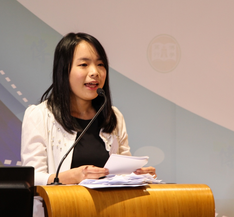 Ms Yuen Nok Hei, BJC Year 4 student, shared her studies at School of Communication.
