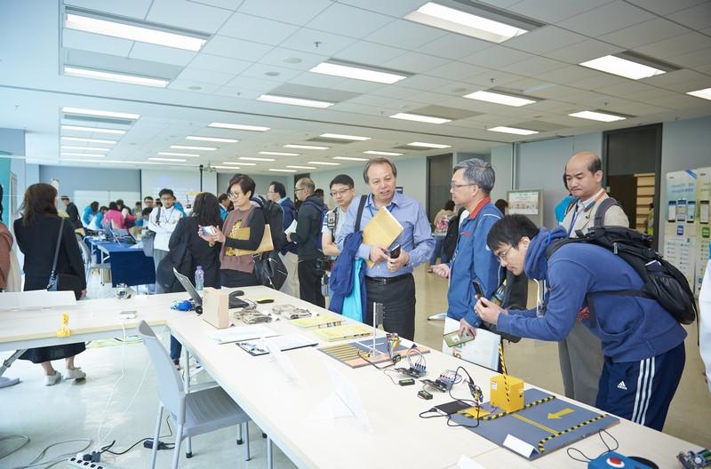 活動設有展覽,展示各種新式的STEM教學用具。