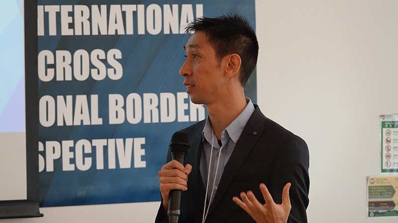 Mr Peace Wong, Chief Officer of the Hong Kong Council of Social Service, delivered his speech.
