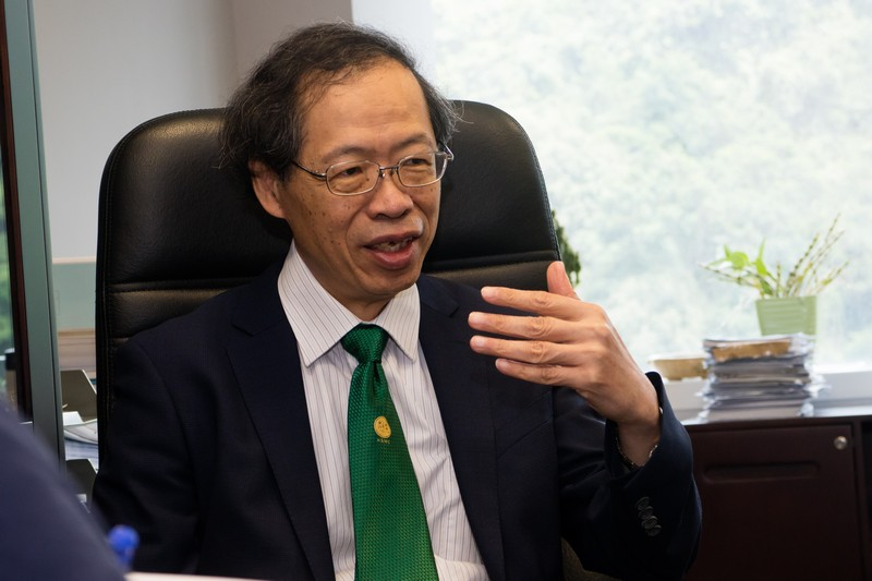 Professor Y V Hui, Vice-President (Academic and Research)
