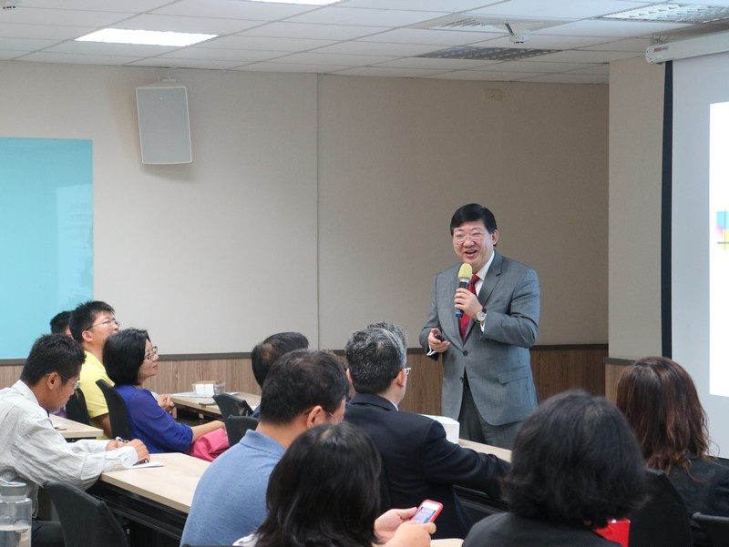 President Simon Ho was invited by NCUE to deliver a public talk to their faculty members and students.