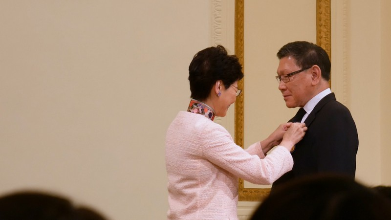 Professor Fong received the Medal of Honour from the Chief Executive of HKSAR, Mrs Carrie Lam on 27 Oct 2018.