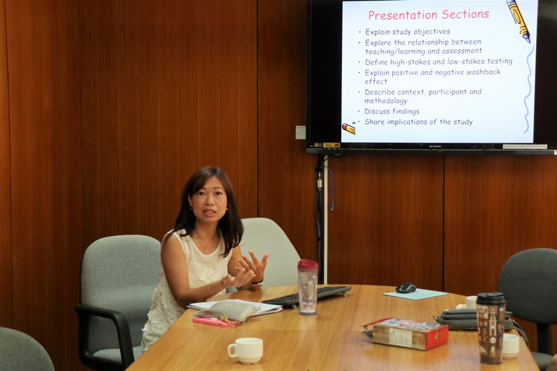 Dr Amy Kong (left) and Dr Anora Wong (right) at the 25th English Departmental Seminar