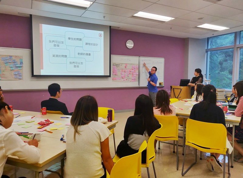 Dr Matt Wang (left) and Dr Thera Chiu (right) explained the Design Thinking processes
