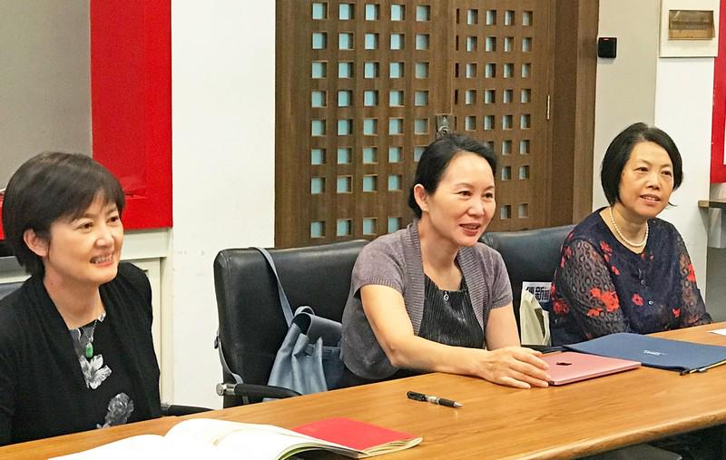 香港恒生大學傳播學院代表團拜訪清華大學新聞與傳播學院