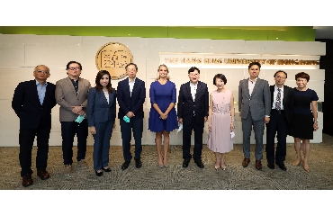 Representatives of DBS Bank Visit The Hang Seng University of Hong Kong