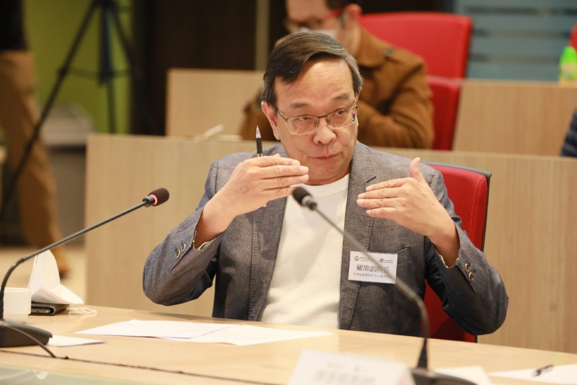 Professor Peter Kwan, Associate Dean and Professor of Practice of Department of Journalism and Communication of Chu Hai College of Higher Education, says that professional training in hardware and soft skills are integral for journalism education.