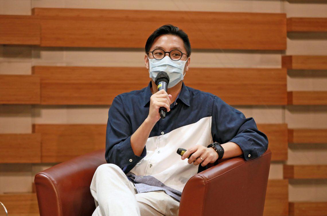 Director Mr Lau Wai Hang, Benny, is the guest speaker of SCOM Talk Series 38.