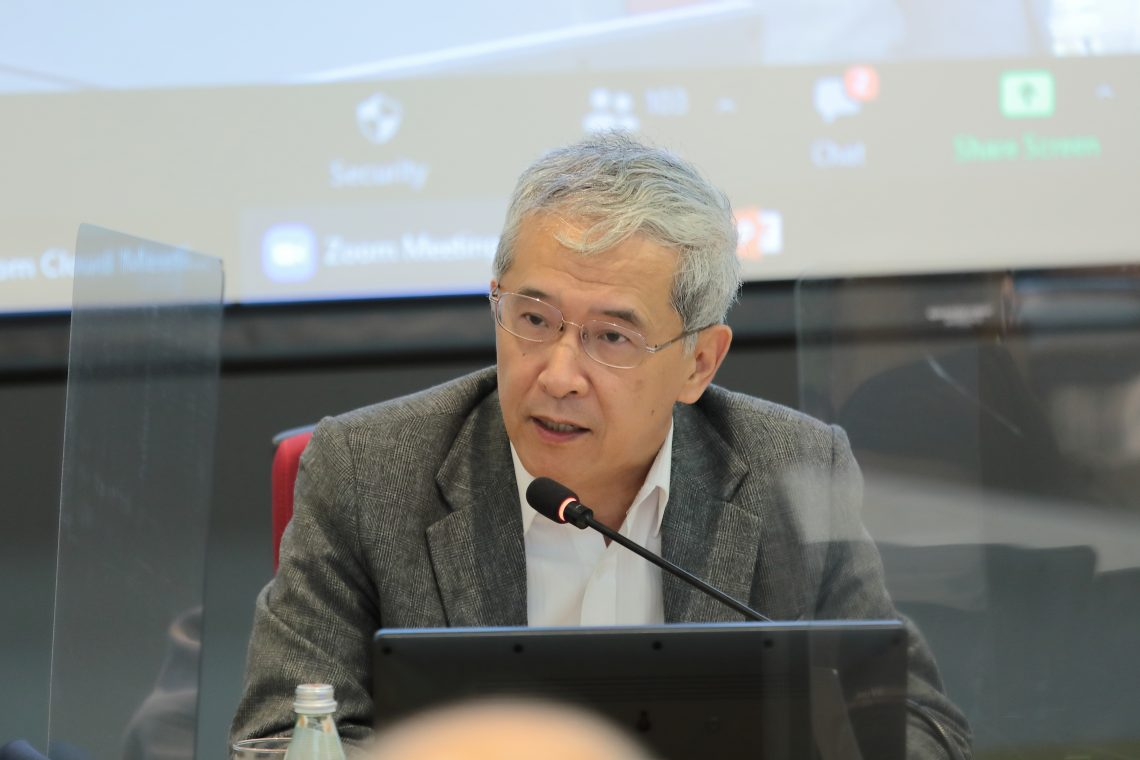 Professor Lang Kao, Director of Centre for Greater China Studies of the HSUHK, points out that regional cooperation and integration will help get through current difficulties.