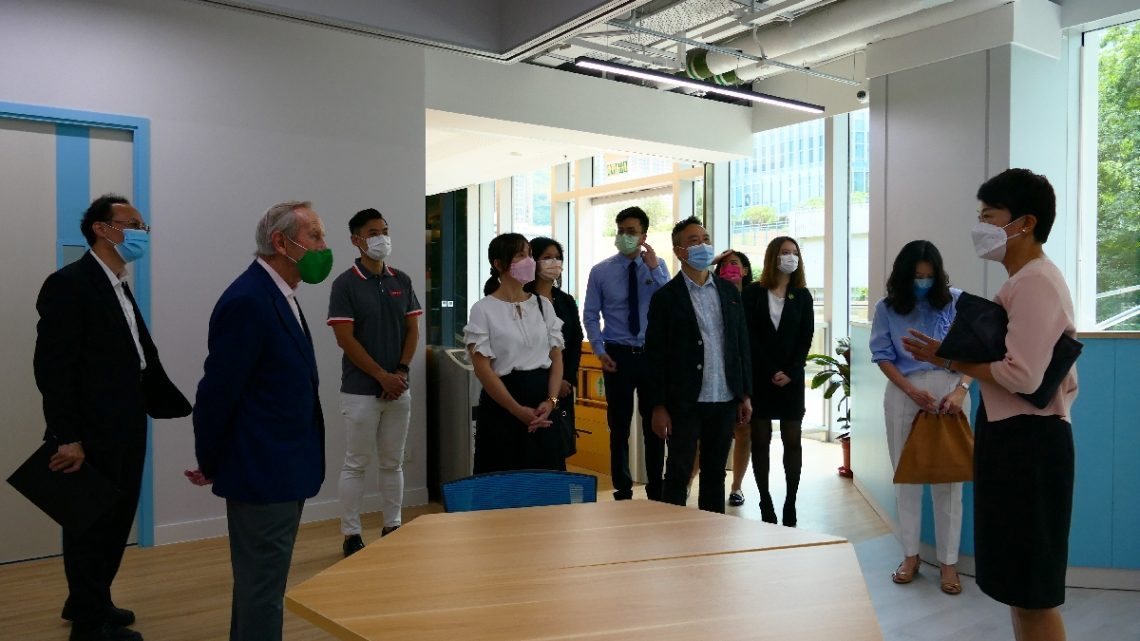 The latest establishment, The Inspiring, brings inspirations for the delegation to picture how HSUHK students could further enjoy their on-campus academic and experiential learning.